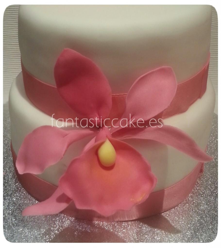 Tarta de boda con orquideas
